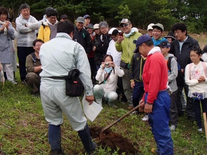 平成26年度 富士通 植樹 舘野植樹説明